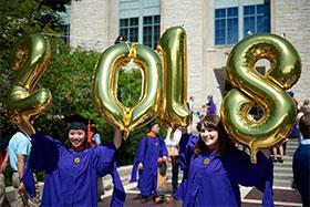 EECS MS Grads Celebrate