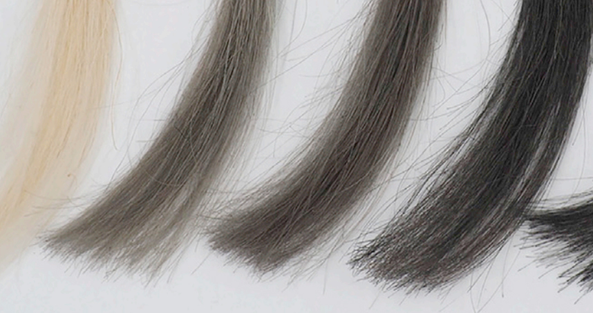 Bundles of blonde hair before and after coating with r-GO/chitosan dye with increasing graphene concentrations.