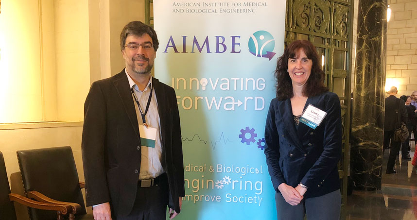 Luís Amaral and Linda Broadbelt at the AIMBE induction ceremony on March 25.