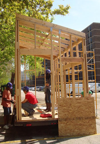 Engineering Students Build Off Grid Tiny House News