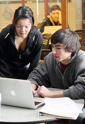 Undergraduates studying in Ford